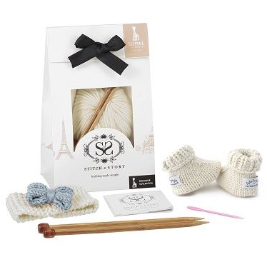 Sophie la Girafe Knitting Kit - Lily Bow & Booties (Dove Grey / Natural White)